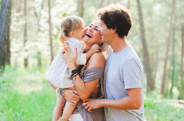 Aile Ve Çocuk Gelişimi İçin Sevgi Ve Gevşek Eğitim